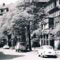 Ul. Axentowicza - lata 60-te (źródło: zbiory p. Piotra Zawojka)